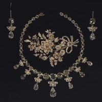GIOIELLI E BIGIOTTERIA/JEWELRY AND COSTUME JEWELRY